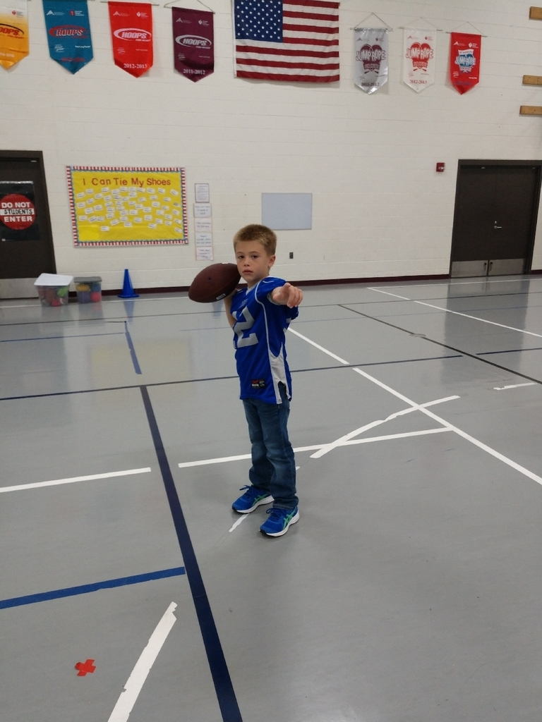 3rd graders worked on throwing and catching skills today in PE.