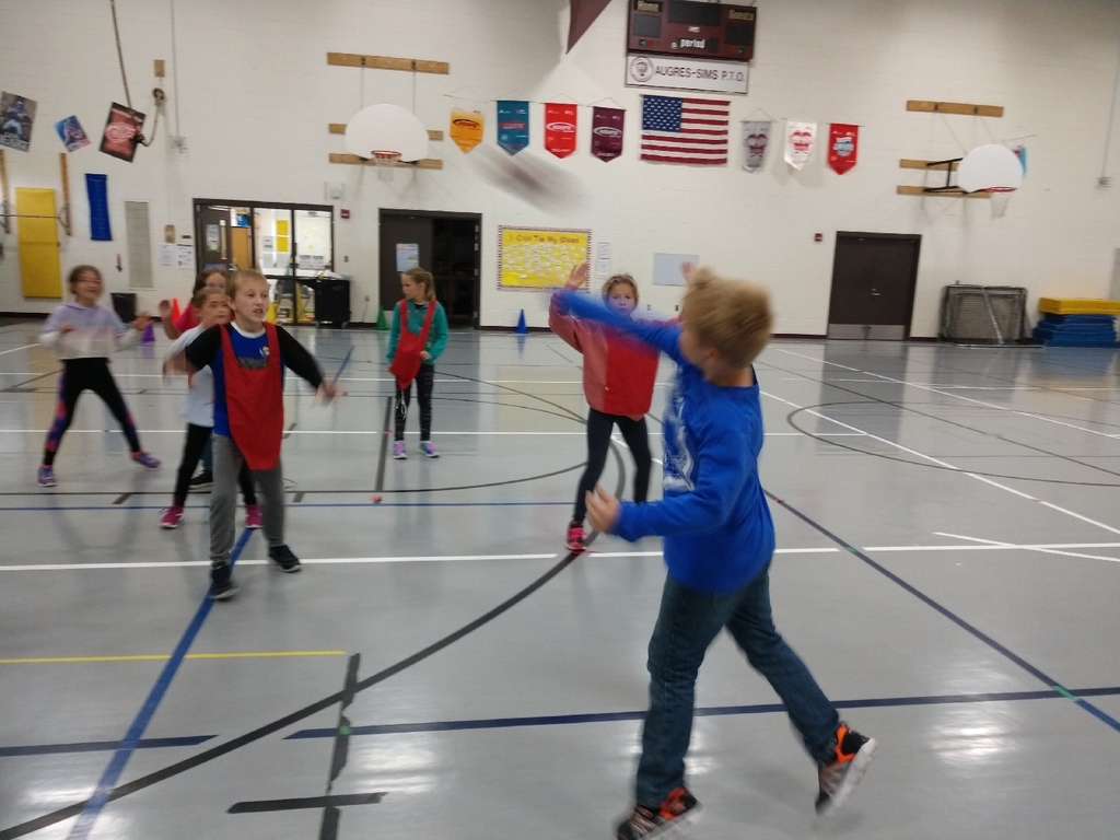 3rd-5th graders have been working on throwing/catching and offense/defense while playing a modified football game this week.