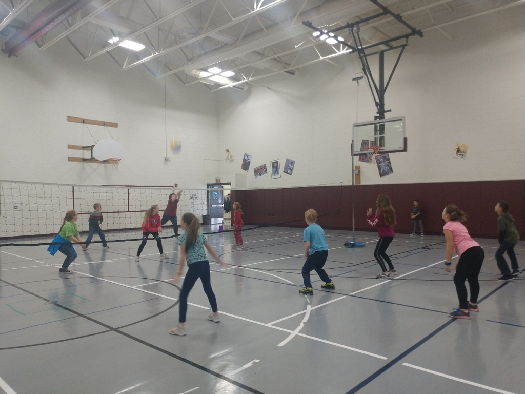 5th graders are getting pretty good at volleyball!