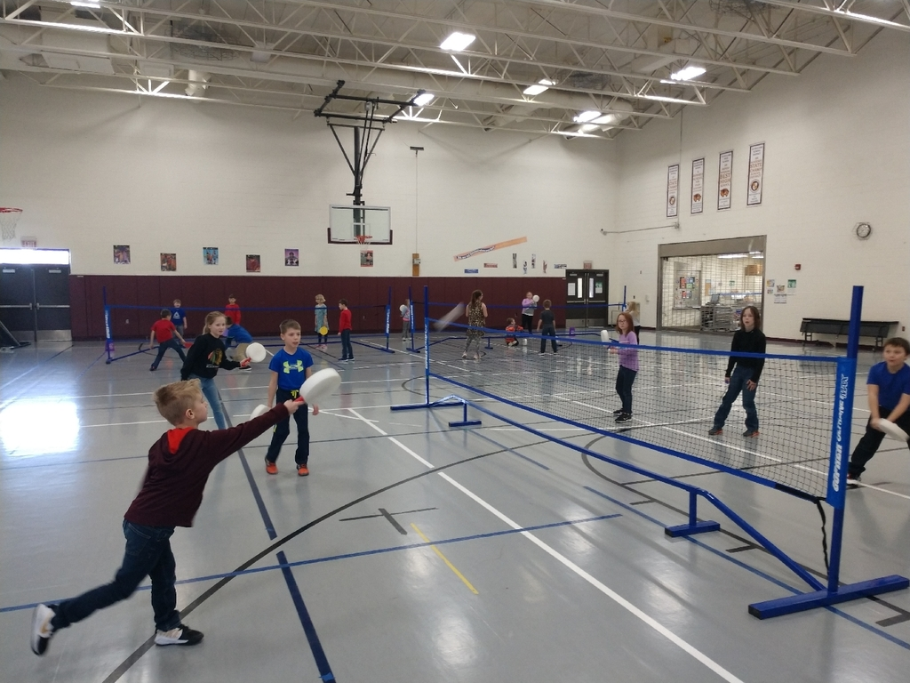 The second graders are getting really good at badminton!