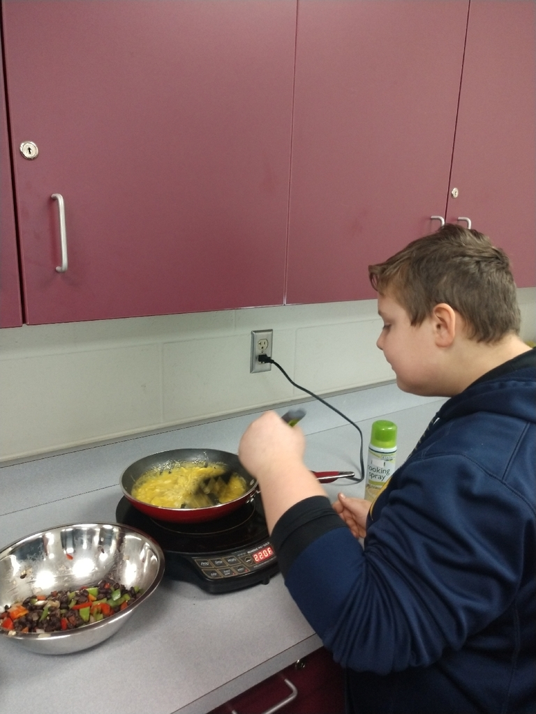 What's cooking this week I Mrs. Stanley's 7th grade health class today? Breakfast burritos!!!